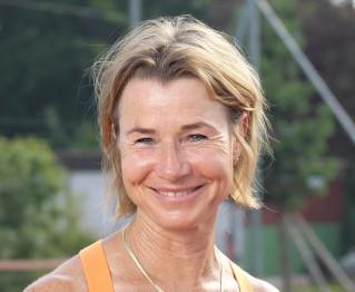 Nicole Bain